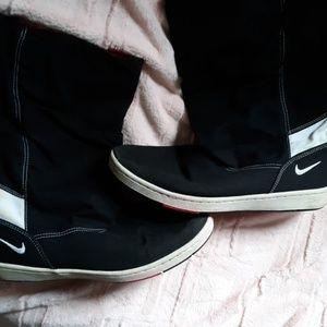 Nike hoodie boots